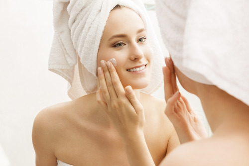 Reasons Why Your Skin Care Routine Is Important