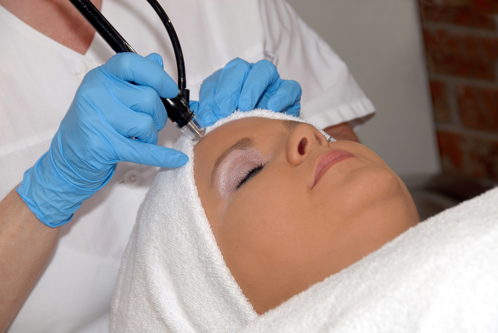 Microdermabrasion: Find Your Younger Looking Self